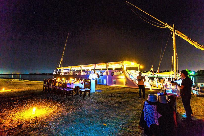 Dahabiya Amoura Nile Cruise, Best Prices Luxor Aswan ...